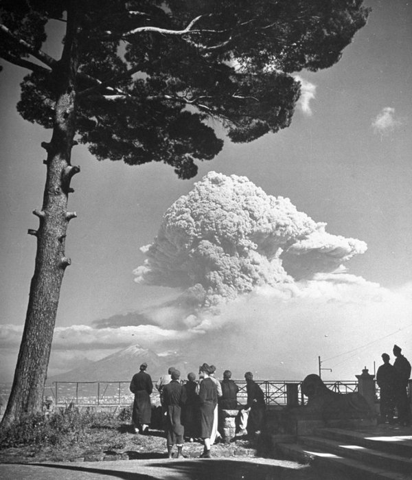 1944. A Vezúv kitörése..jpg