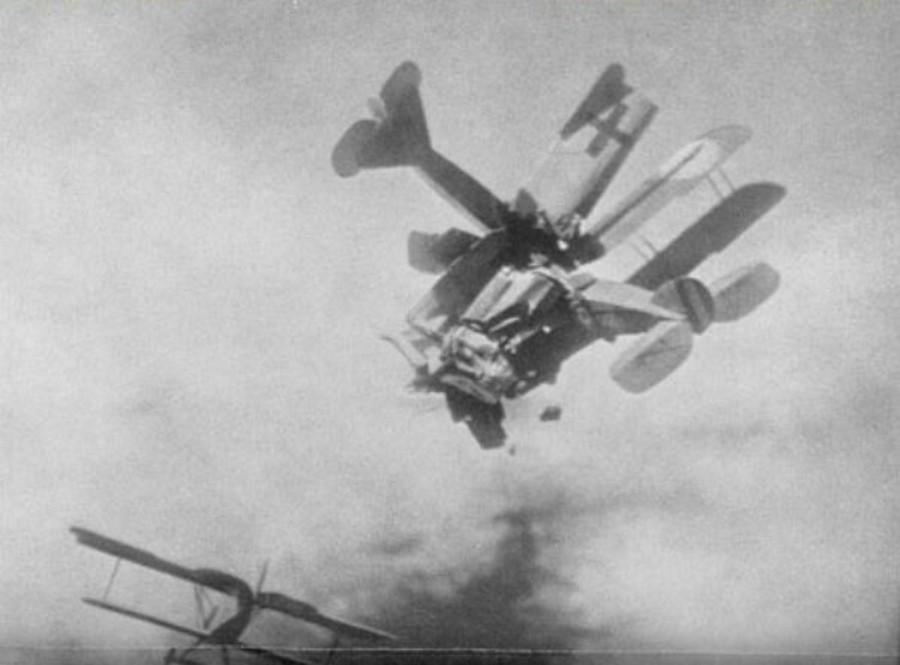 1917. Bristol és Newport gépek légi ütközése Verdun fölött..jpg