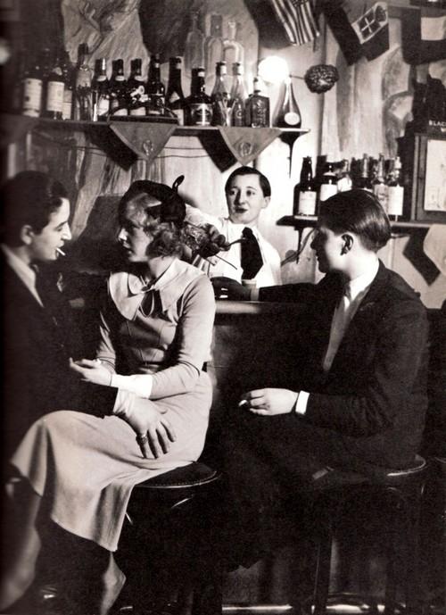 1930-as évek. Az első párizsi leszbikus bár a Le Monocle..jpg