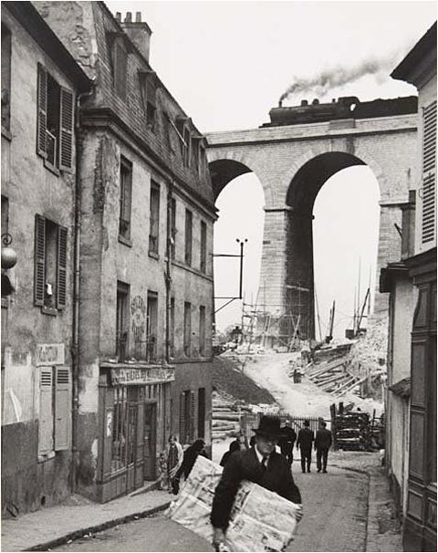 1928. Kertész André - Meudon, Párizs külvárosi negyed..jpg