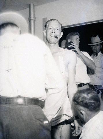 1936. Jack Sullivant gázkamrás kivégzésre készítik elő. Gyilkosságért végezték ki..jpg