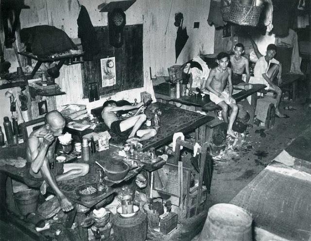 1941. Szingapúri ópium barlang..jpg