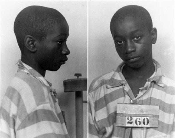 1944. George Junius Stinney a legfiatalabb kivégzett bűnöző az USA-ban. Gyerekgyilkosságért villamosszékben végezte..jpg