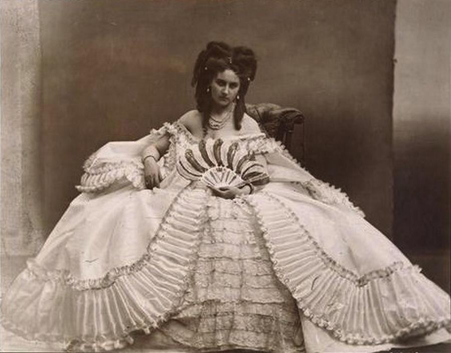 1865. Di Castiglione grófnő, III. Napóleon szeretője..jpg