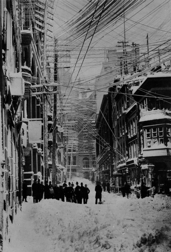1887. Telefonvezetékek New Yorkban..jpg