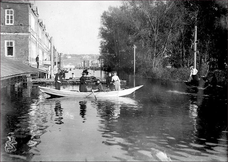1896. Árvíz Nyizsnij-Novgorodban..jpg