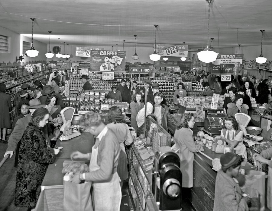1947. Kroger vegyesbolt, Lexington Kentucky, USA..jpg