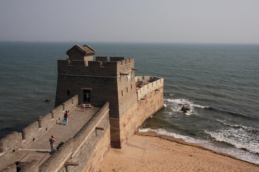 2010. Ahol a Kínai Nagy Fal eléri a tengert Shanhaiguan-nál..jpg