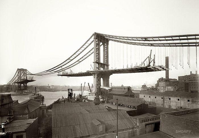 1909. A Brooklyn-híd építése.jpg