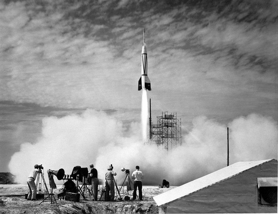 1950_zsakmanyolt_nemet_v2_raketa_tesztje_cape_canaveralon_usa_.jpg