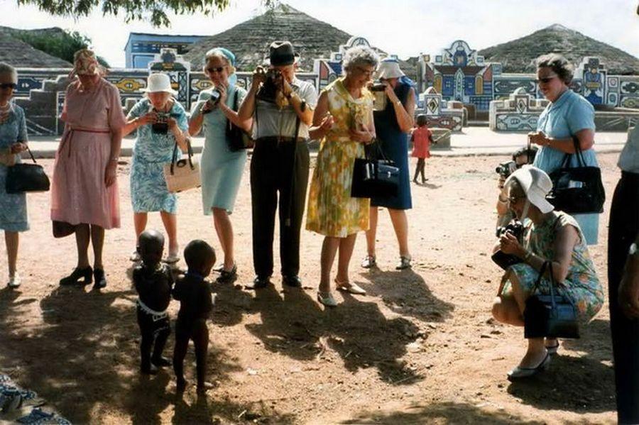 1973_amerikai_turistak_del-afrikaban_az_apartheid_idoszakaban_.jpg