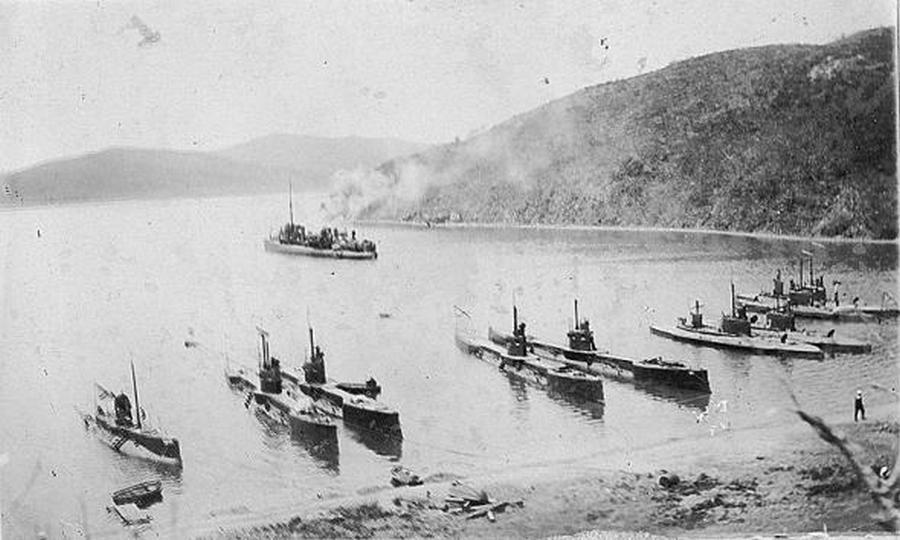 1908_a_sziberiai_tengeralattjaro_flotta_vlgyivosztokban_.jpg