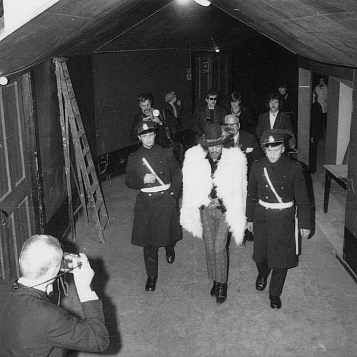 1968_jimi_hedrix_letartoztatasa_stockholmban.jpg