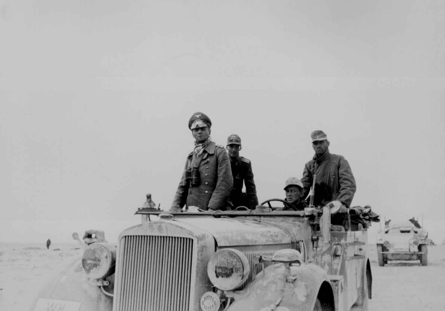 1941. Rommel Afrikában..jpg