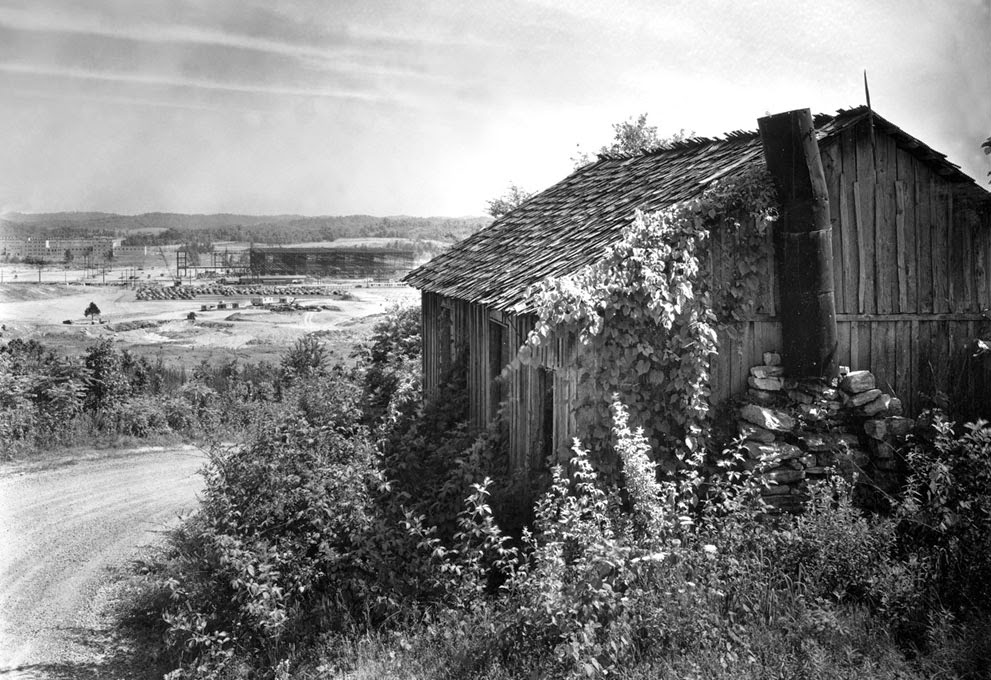 Oak Ridge in the 1940s (1).jpg