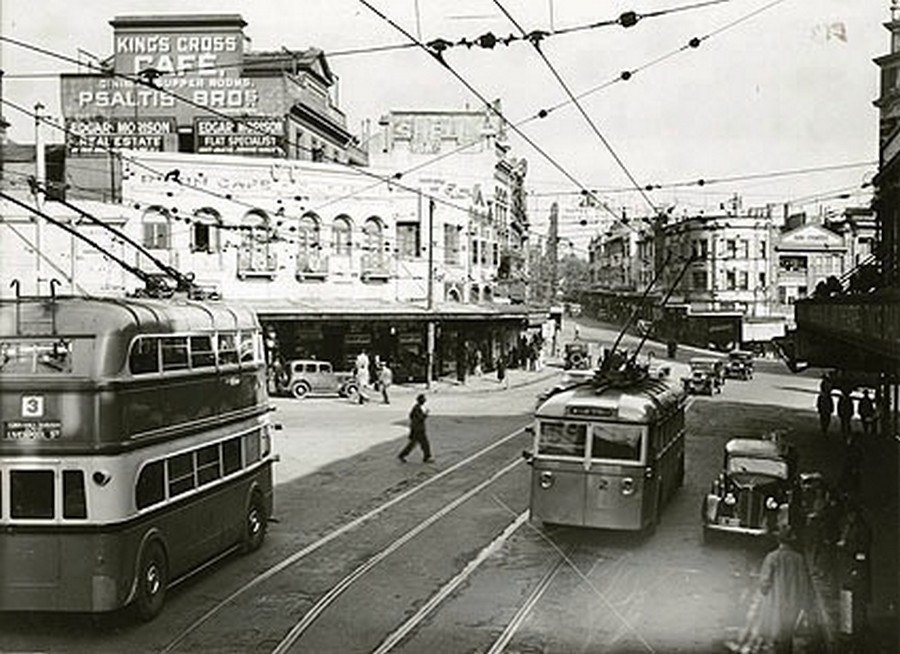 1934. King Cross, Sydney.jpg