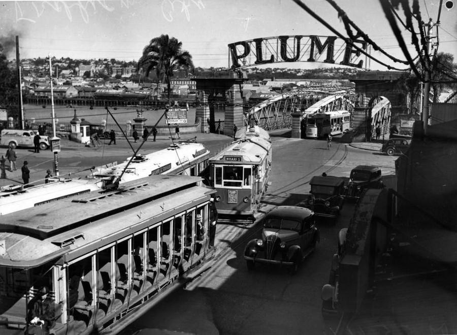 1939. Queen Street, Brisbane..jpg