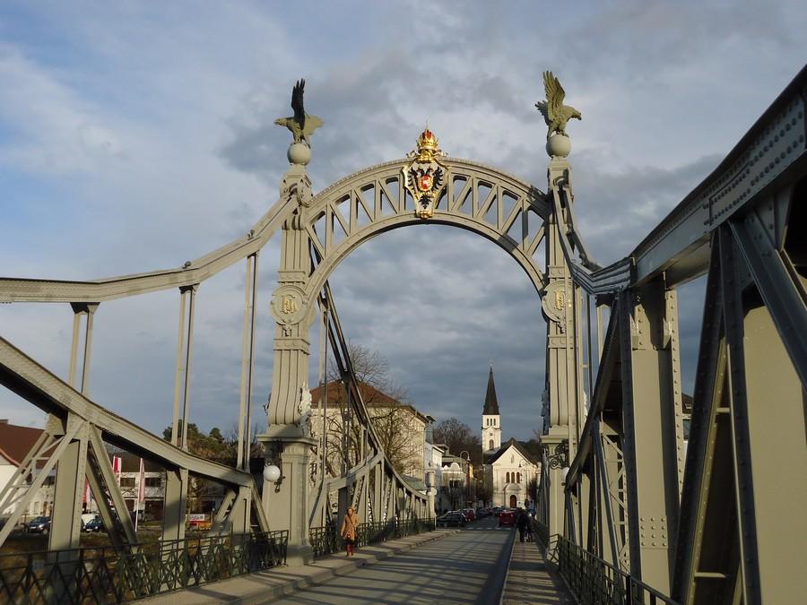 Híd Oberndorfba