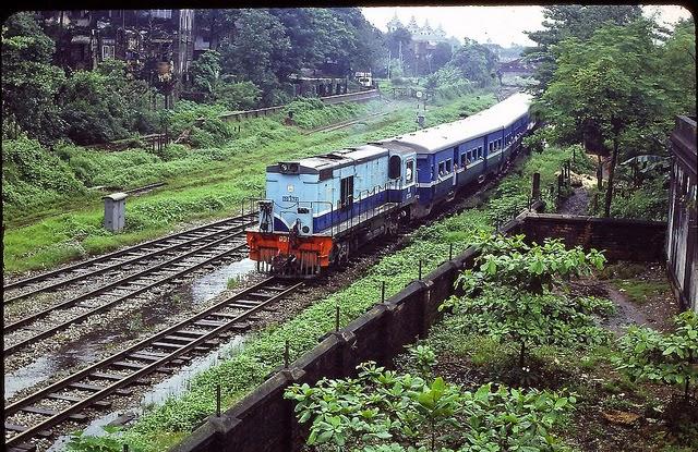 Burma 1982 (13).jpg