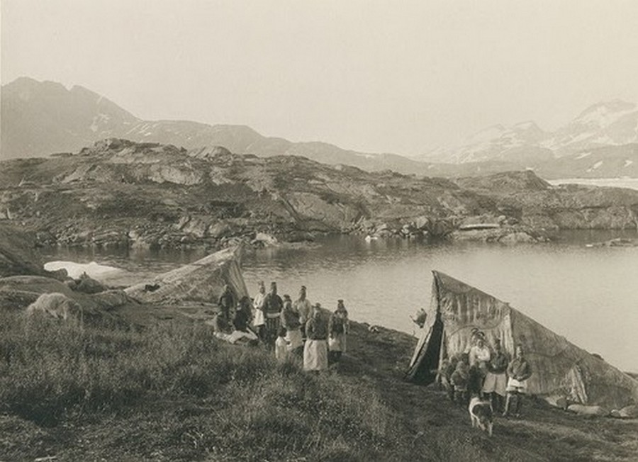Greenland in the Late 19th to Early 20th Century (4).jpg