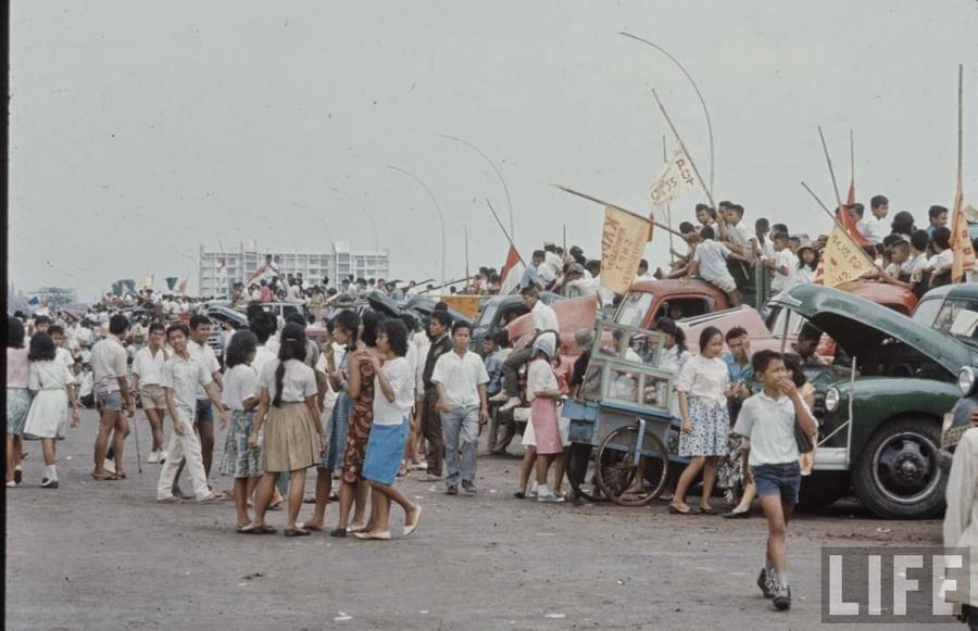 Indonesia, 1972 (1).jpg
