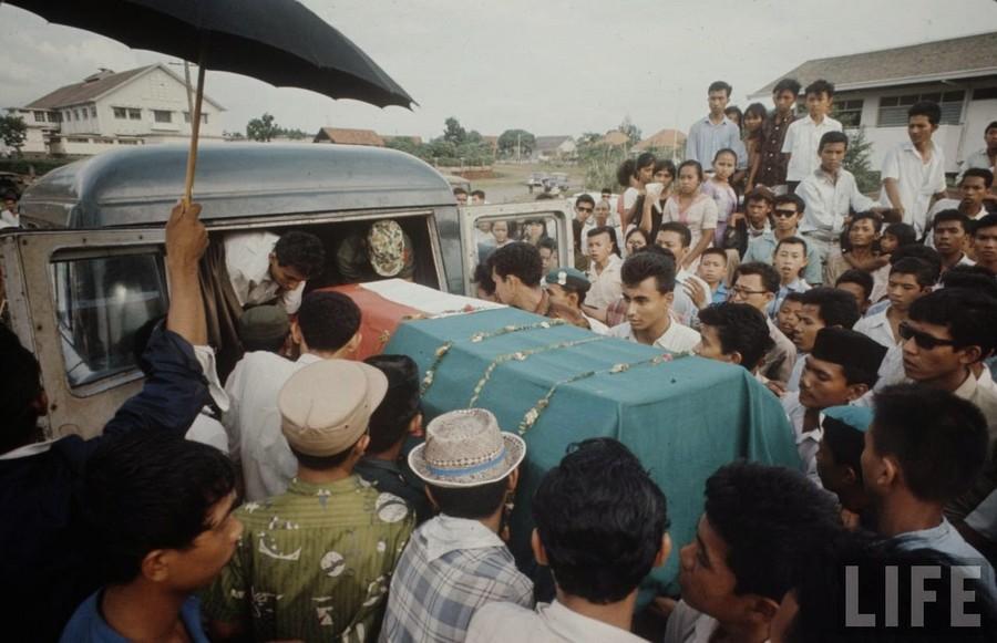 Indonesia, 1972 (12).jpg