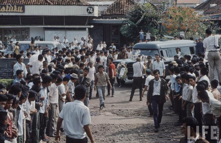 Indonesia, 1972 (13).jpg