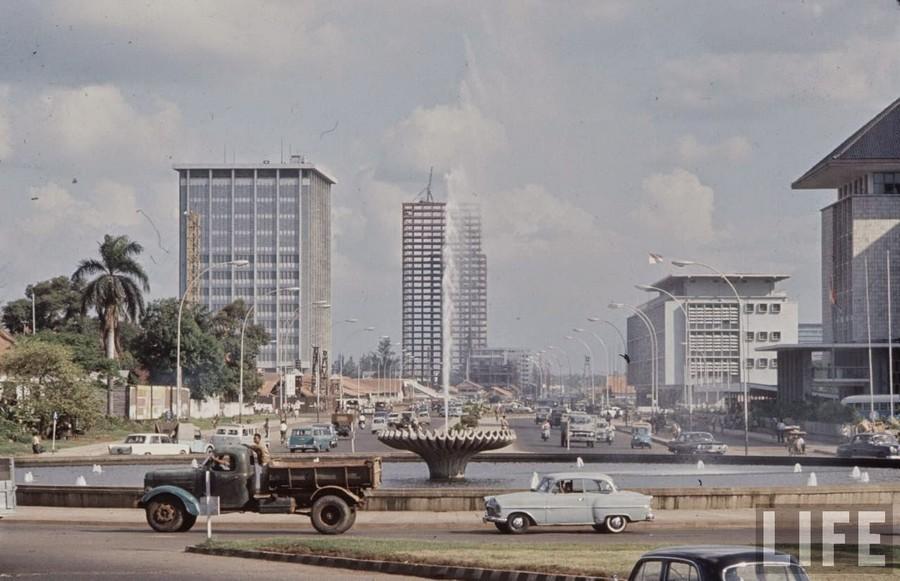 Indonesia, 1972 (2).jpg