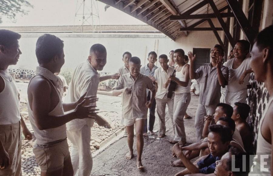 Indonesia, 1972 (33).jpg