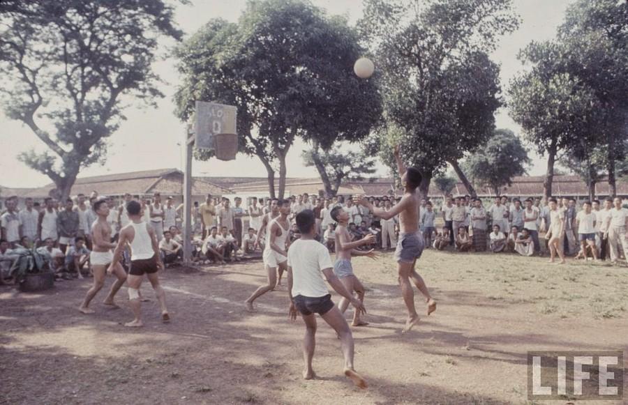 Indonesia, 1972 (35).jpg
