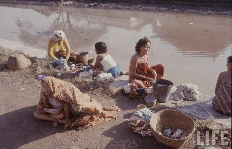 Indonesia, 1972 (4).jpg