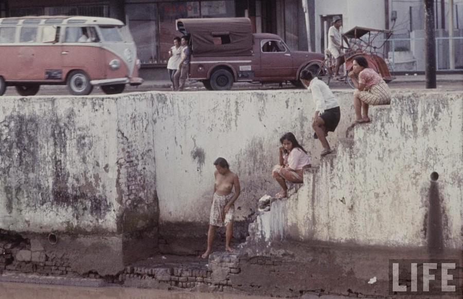 Indonesia, 1972 (5).jpg