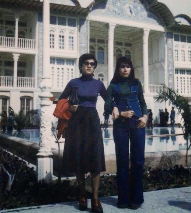 iranian_fashion_of_the_1970s_7_.jpg