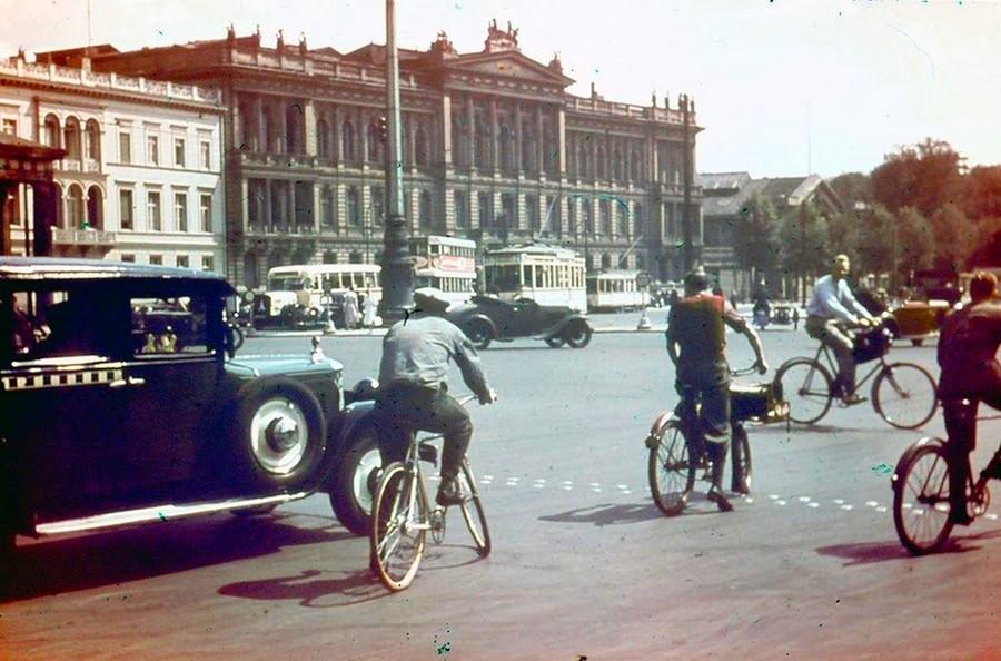 berlin_in_1937_7_.jpg