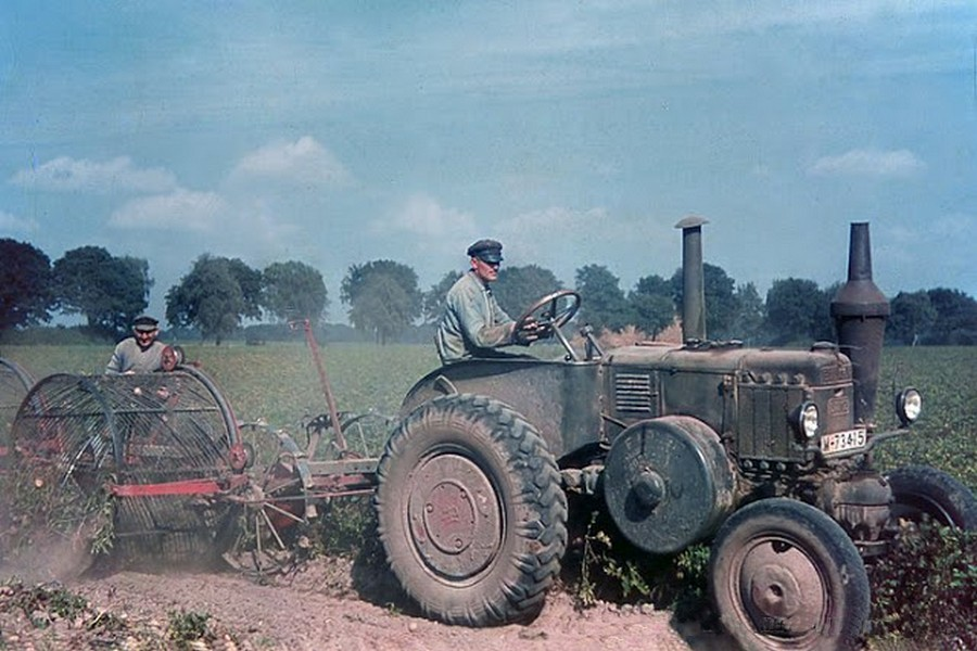color_photos_of_the_third_reich_agriculture_in_mecklenburg_1938_3_.jpg