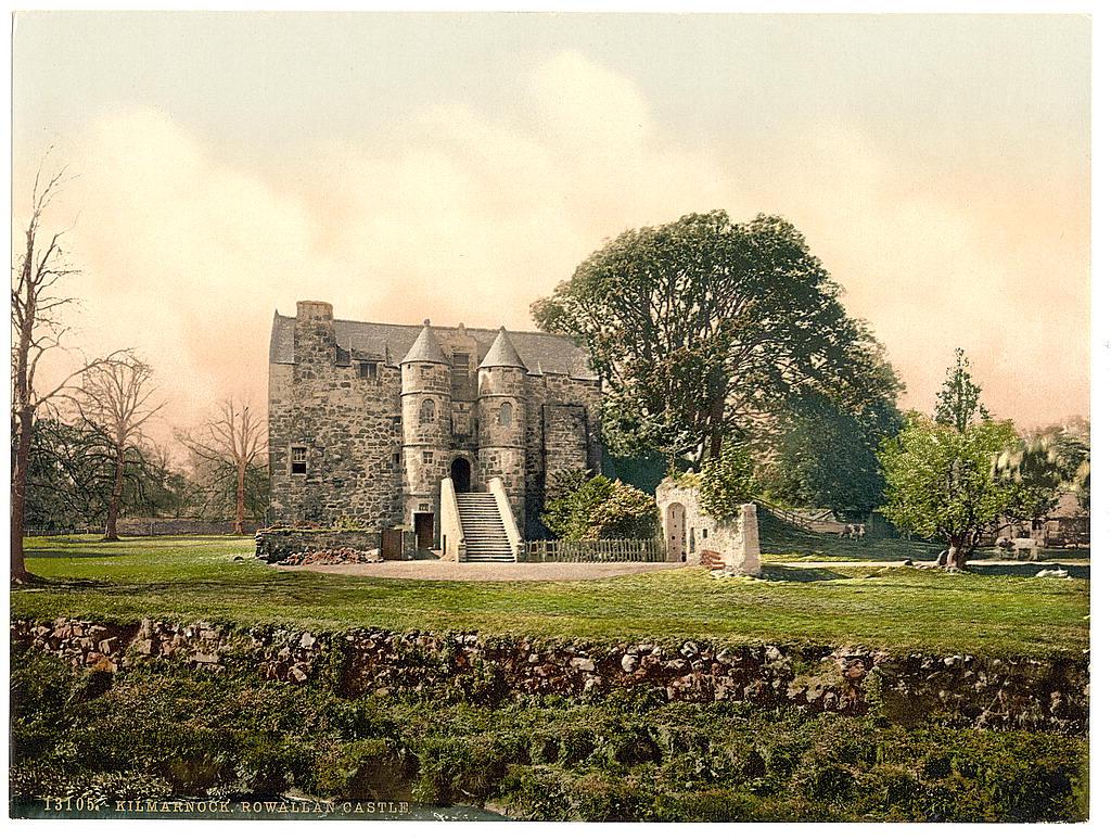 10. Rowallan Castle, Kilmarnock.jpg