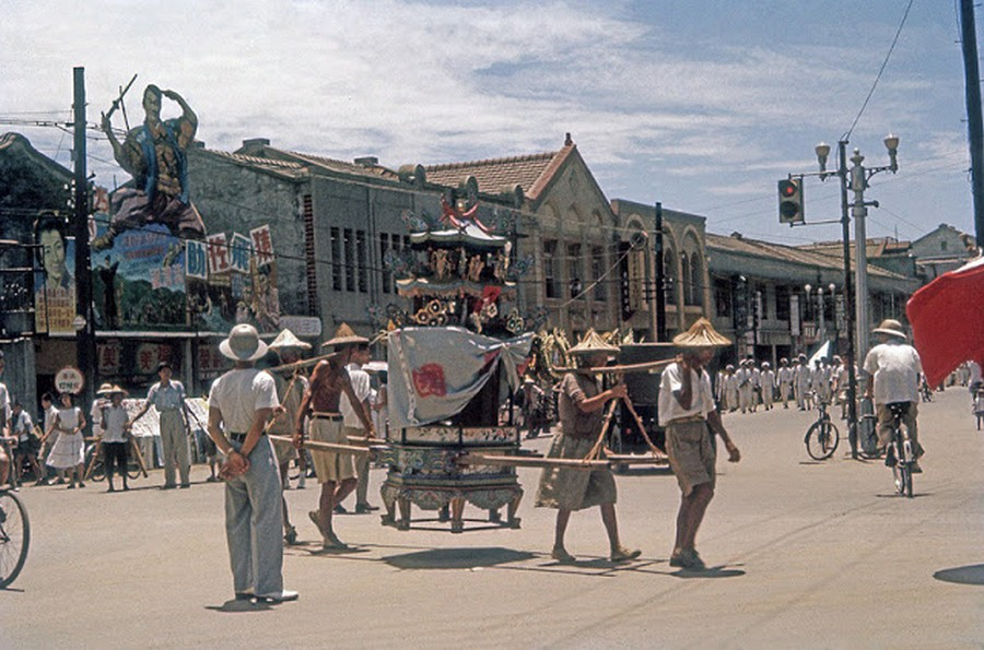 Color Photos of Life in Taiwan from 1950 to 1970 (5).jpg