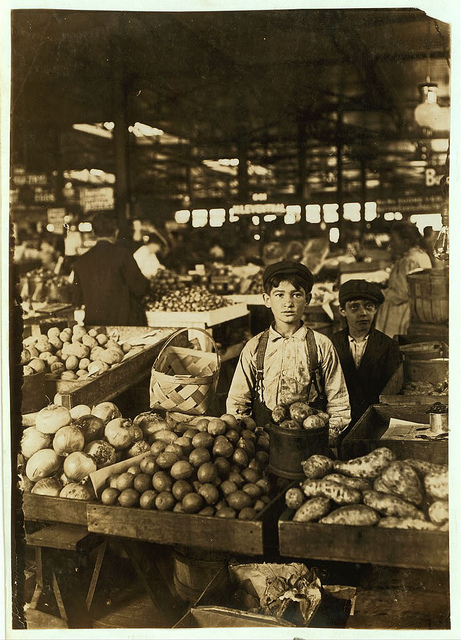 Old Photos of Child Labor between 1908 and 1924 (39).jpg