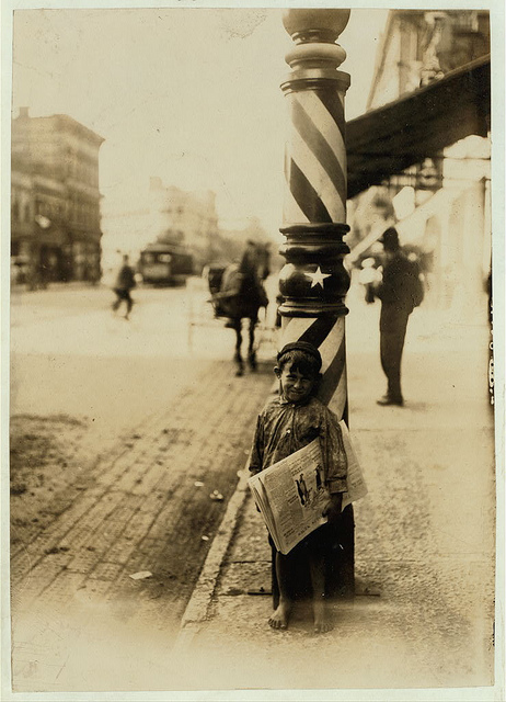 Old Photos of Child Labor between 1908 and 1924 (5).jpg