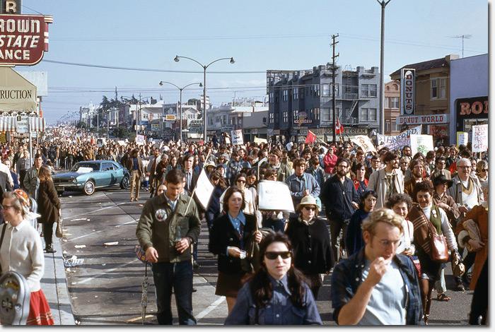 vietnamprotest1971_156ezer.jpg