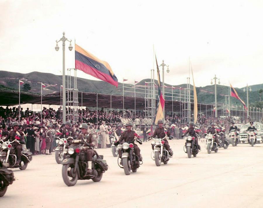 venezuela_1953_10_.jpg