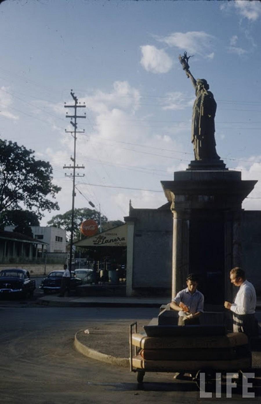 venezuela_1953_8_.jpg