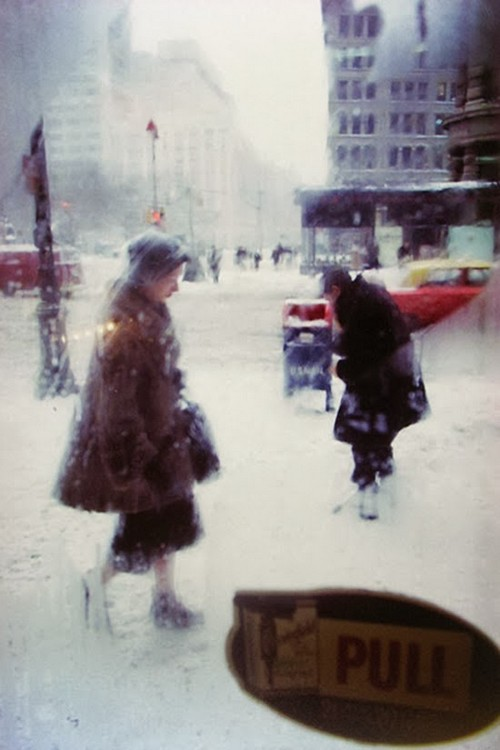 Daily Life in the 1950's by Saul Leiter (12).jpg