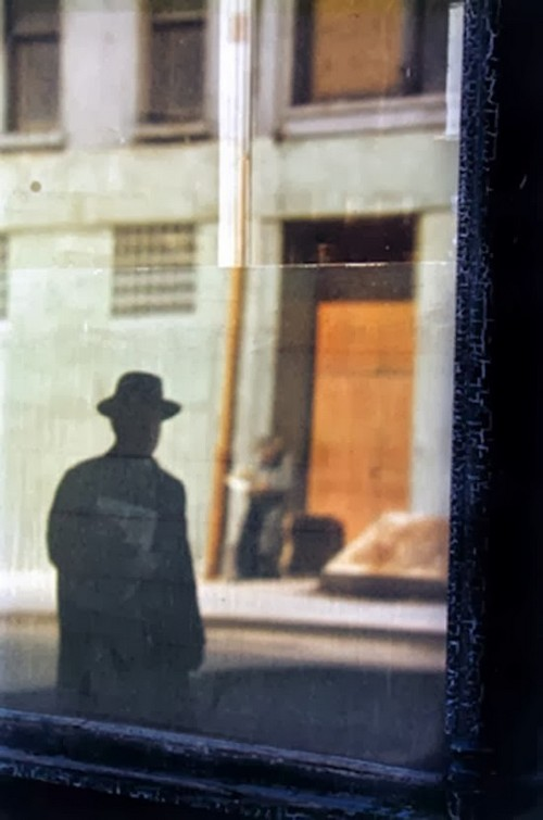 Daily Life in the 1950's by Saul Leiter (13).jpg
