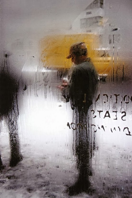 Daily Life in the 1950's by Saul Leiter (4).jpg