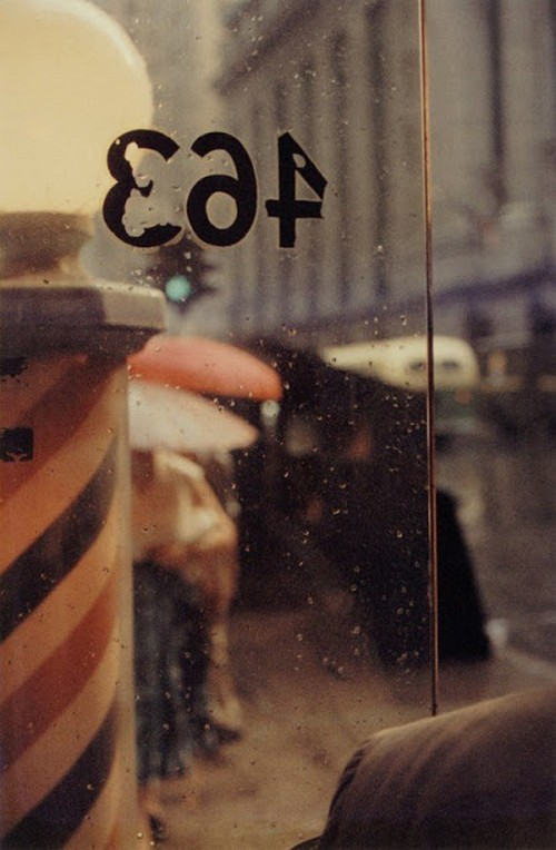 Saul Leiter's 1950s New York in colours (11).jpg