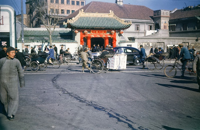 Shanghai between 1945 - 1946 (4).jpg