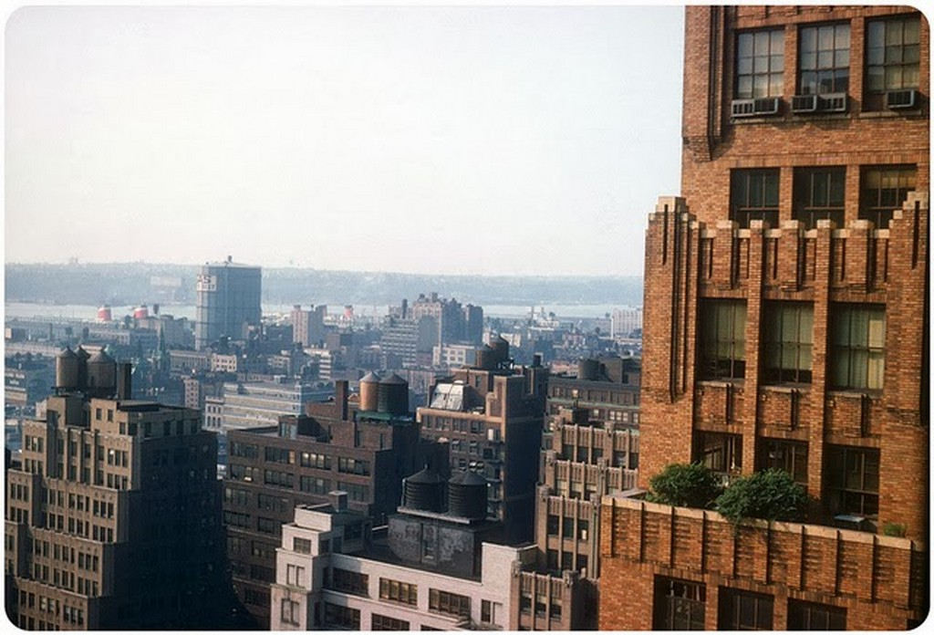 11 Manhattan, NYC — 1959.jpg