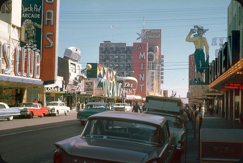 1961. Fremont St., Las Vegas.jpg