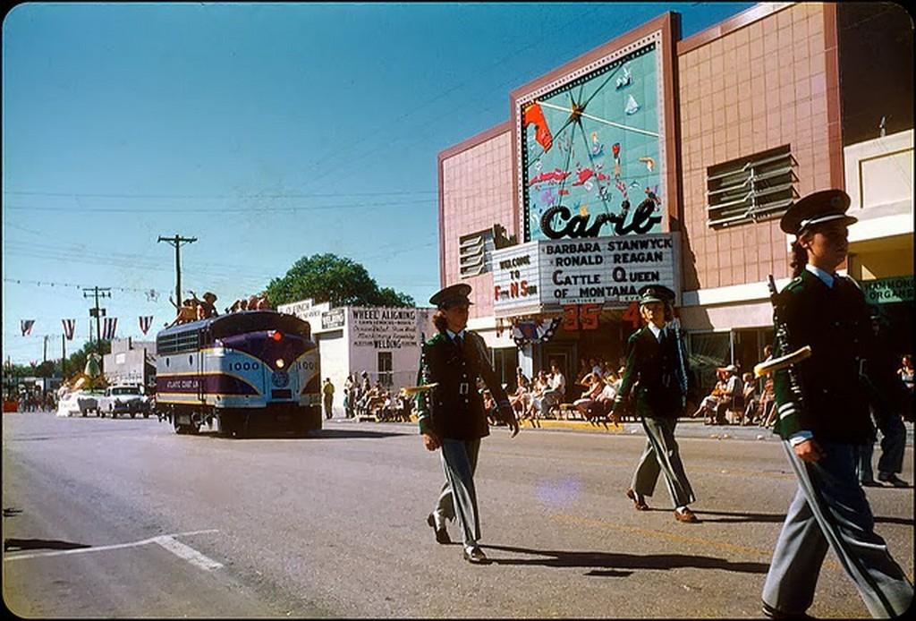 28 Carib Theatre, Clearwater, FL - 1954.jpg